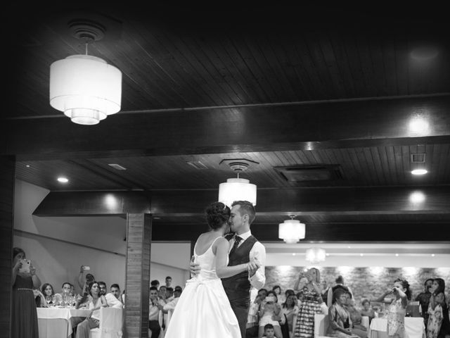 La boda de Bertin y Tamara en Malpica De Bergantiños, A Coruña 17