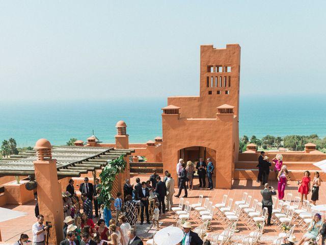 La boda de Felipe y Marta en Chiclana De La Frontera, Cádiz 31