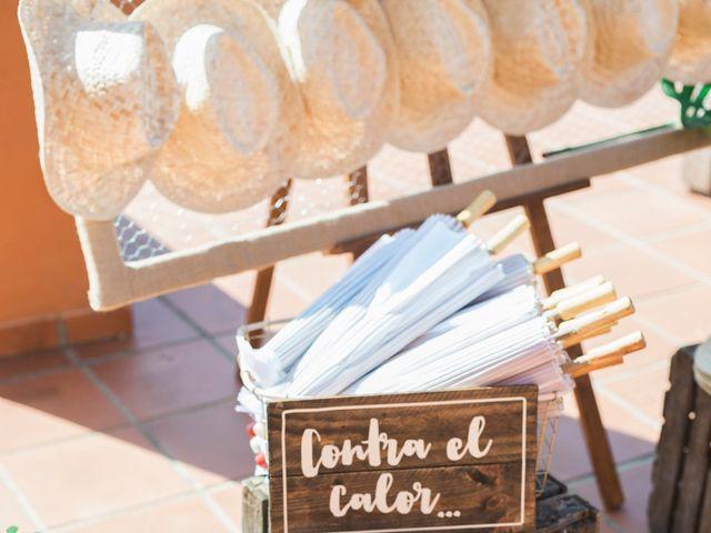 La boda de Felipe y Marta en Chiclana De La Frontera, Cádiz 32