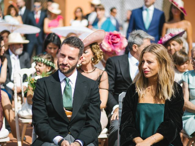 La boda de Felipe y Marta en Chiclana De La Frontera, Cádiz 43