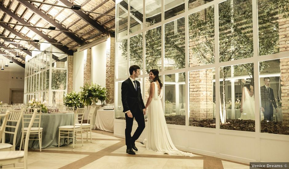 La boda de Javier y Naira en Chiva, Valencia