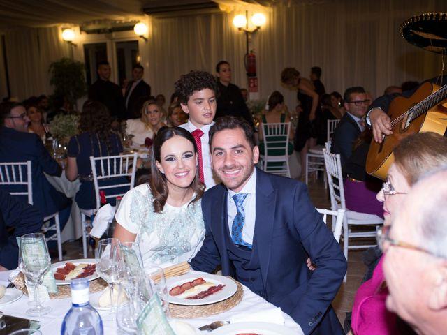 La boda de Joaquín y Estefanía en Lebrija, Sevilla 127