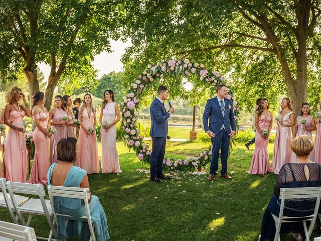 La boda de Jordi y Cynara en Pontos, Girona 1