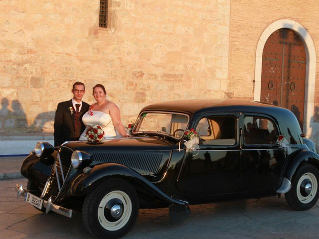 La boda de Juan Manuel  y Vanesa  en Sitges, Barcelona 23