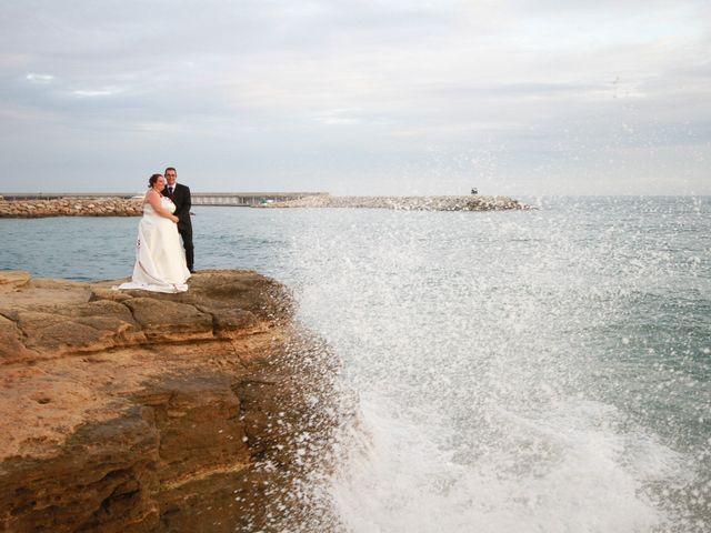 La boda de Juan Manuel  y Vanesa  en Sitges, Barcelona 36