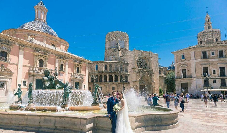 La boda de Jorge y Carla en Valencia, Valencia