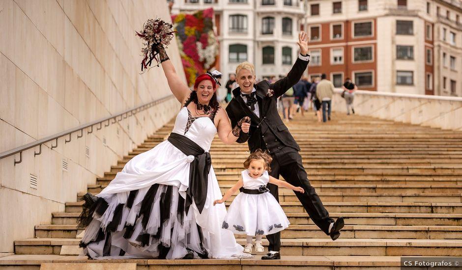 La boda de Javi y Bego en Bilbao, Vizcaya