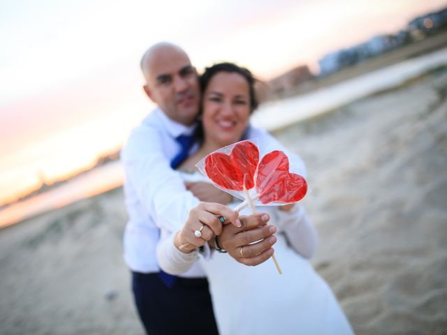 La boda de Javier y Cinta en Valverde Del Camino, Huelva 24