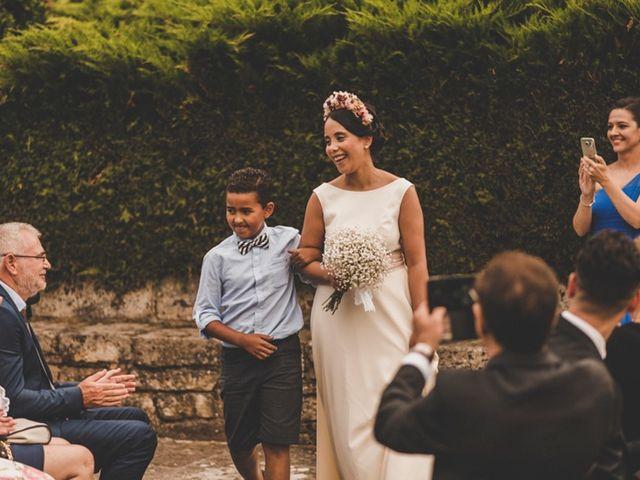 La boda de Óscar y Amina en Chantada (Casco Urbano), Lugo 24