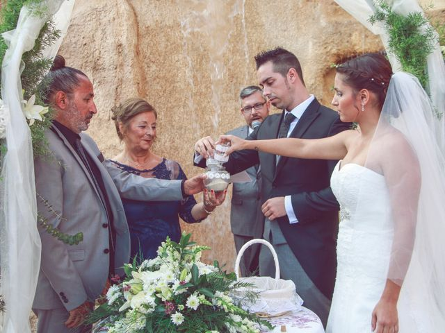 La boda de Victor y Sara en Chiclana De La Frontera, Cádiz 4
