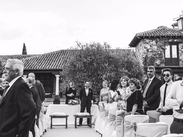 La boda de Mario y Sandra en San Agustin De Guadalix, Madrid 16