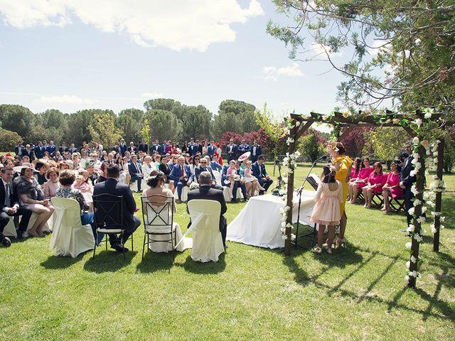 La boda de Diego y Laura en Pozal De Gallinas, Valladolid 11
