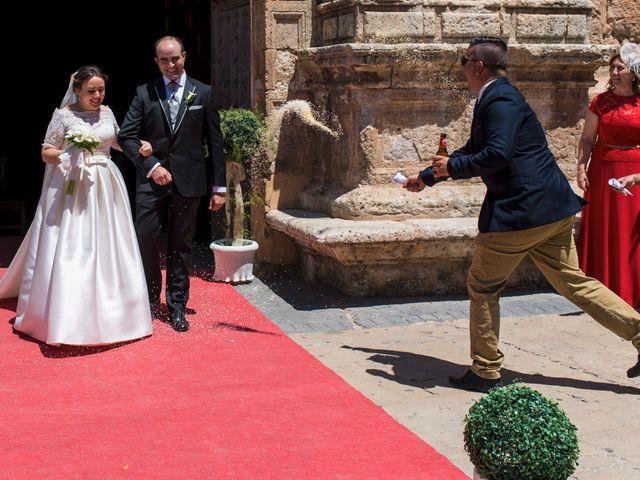 La boda de Ramón y Ana en Tarazona De La Mancha, Albacete 15