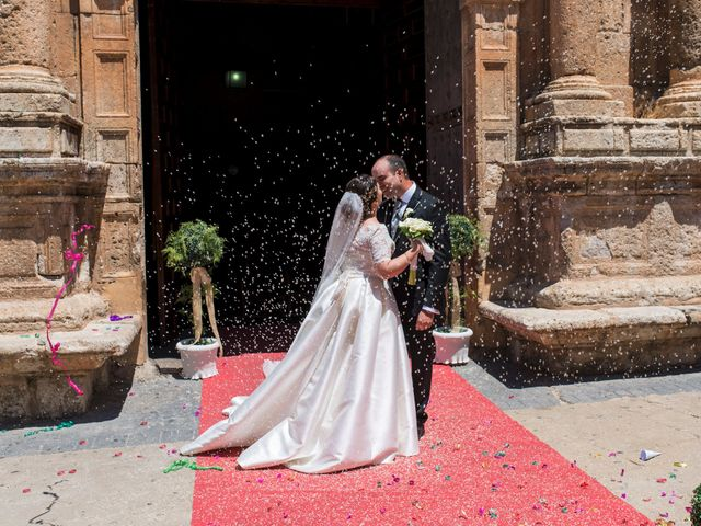 La boda de Ramón y Ana en Tarazona De La Mancha, Albacete 16