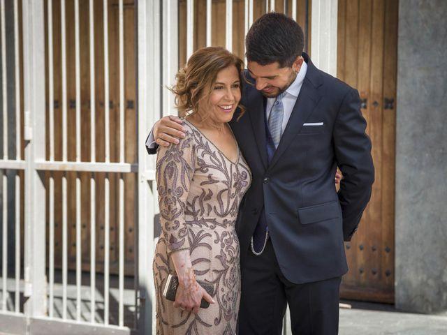 La boda de Raúl y Alba en Bilbao, Vizcaya 11