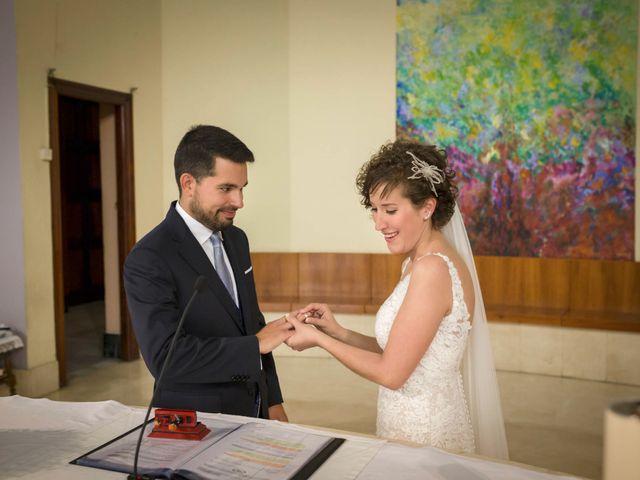 La boda de Raúl y Alba en Bilbao, Vizcaya 15