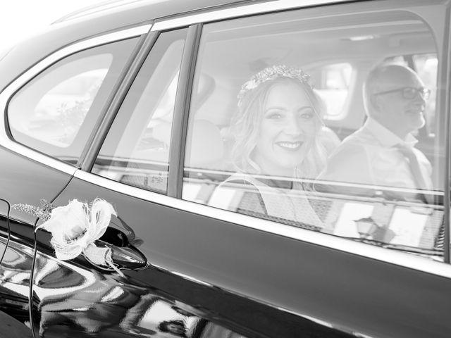 La boda de José Manuel y Rocío en Chiclana De La Frontera, Cádiz 17