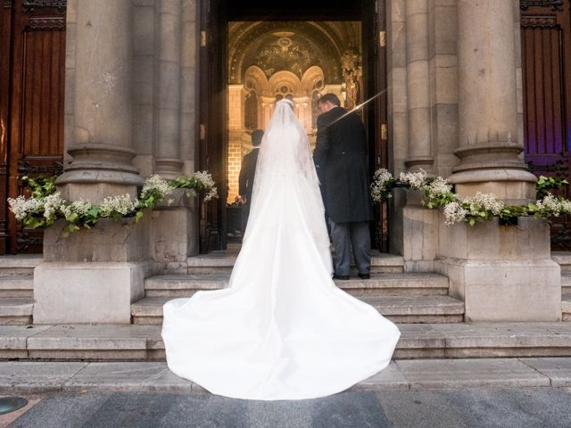 La boda de Gus y Esther en Oviedo, Asturias 36