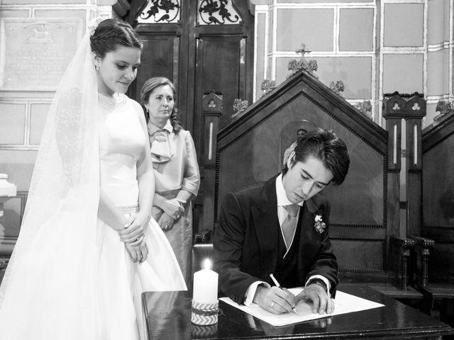 La boda de Gus y Esther en Oviedo, Asturias 48