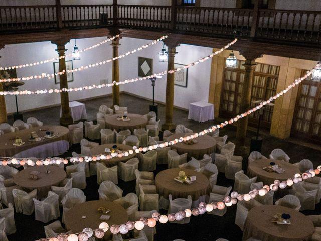 La boda de Gus y Esther en Oviedo, Asturias 63