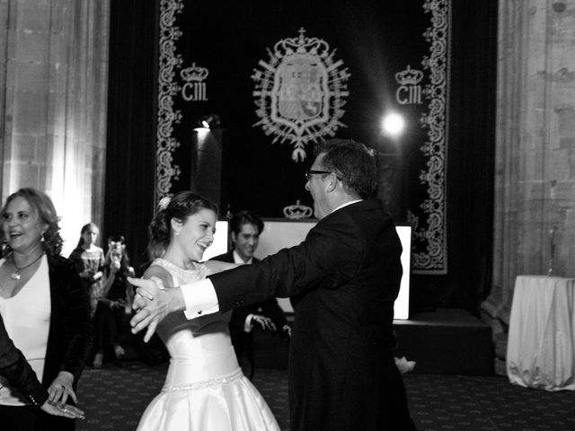 La boda de Gus y Esther en Oviedo, Asturias 89