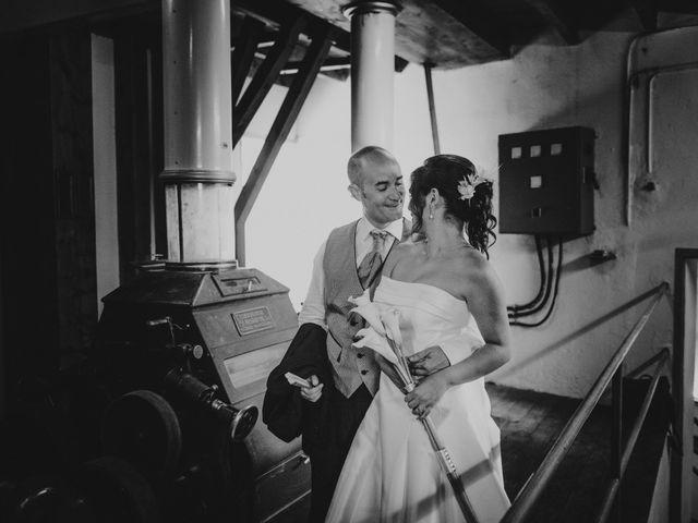 La boda de Oscar y Maria en Torrelameu, Lleida 33