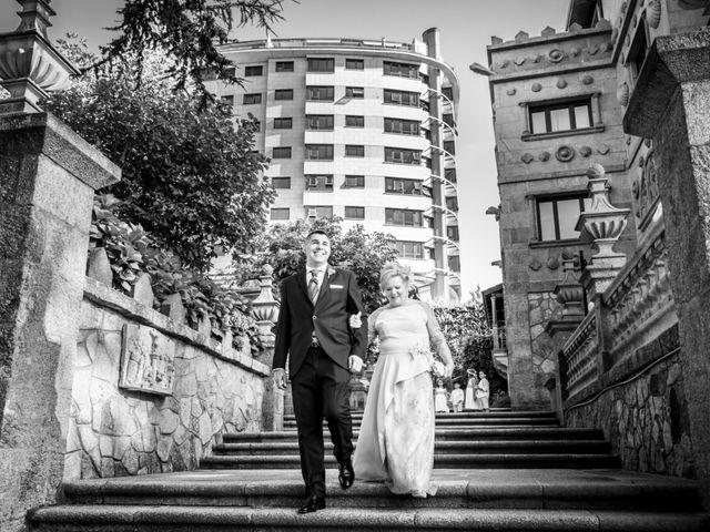 La boda de Manuel y Paula en Vigo, Pontevedra 14