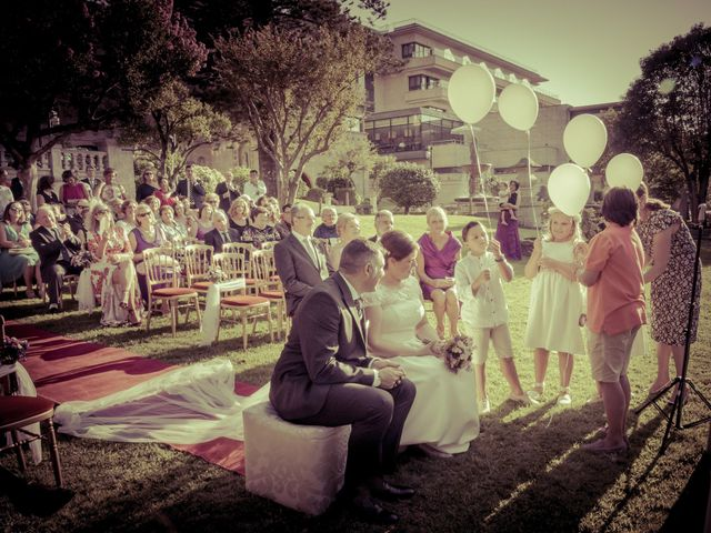 La boda de Manuel y Paula en Vigo, Pontevedra 22