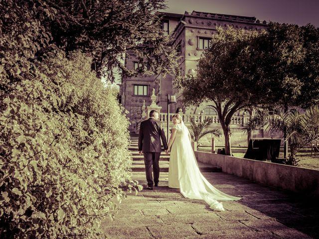 La boda de Manuel y Paula en Vigo, Pontevedra 27
