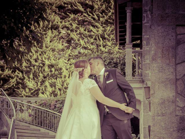 La boda de Manuel y Paula en Vigo, Pontevedra 28