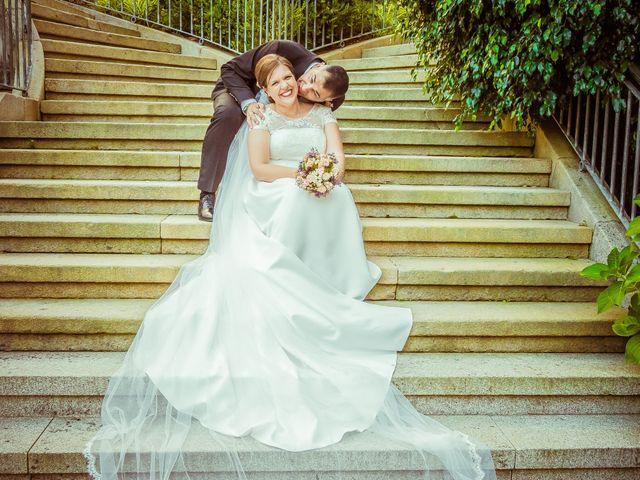 La boda de Manuel y Paula en Vigo, Pontevedra 30