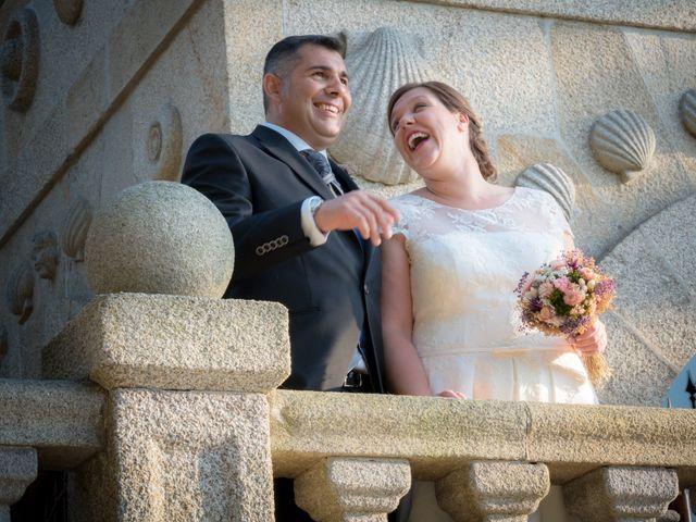 La boda de Manuel y Paula en Vigo, Pontevedra 31