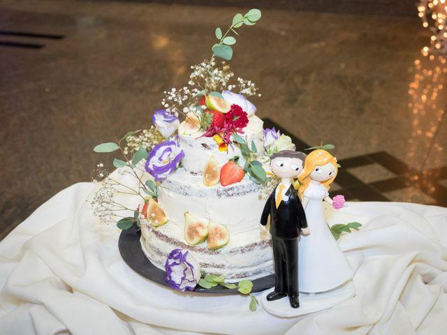 La boda de Manuel y Paula en Vigo, Pontevedra 43