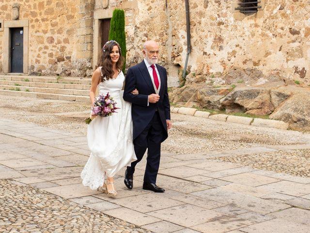 La boda de José María y Rocio en Plasencia, Cáceres 17
