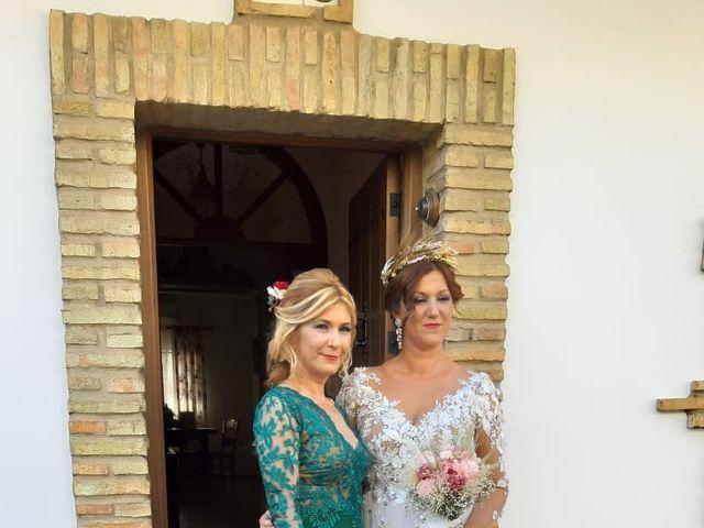 La boda de Juan y Yolanda en Guillena, Sevilla 3