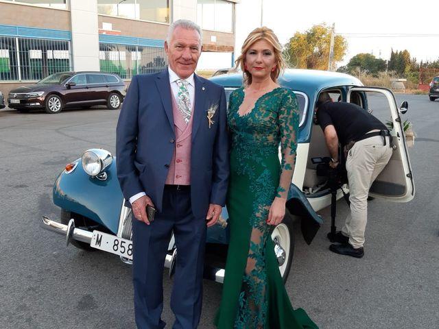 La boda de Juan y Yolanda en Guillena, Sevilla 6
