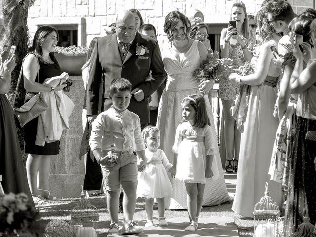 La boda de Dani y Patri  en Tebra (Santa Maria), Pontevedra 3