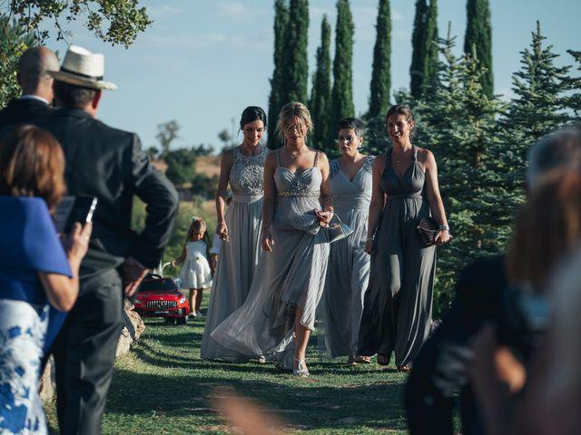 La boda de Javi y Ana en Tarancon, Cuenca 22