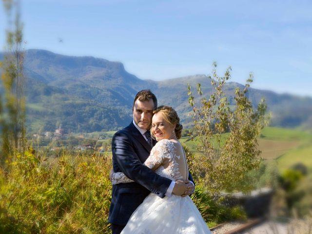 La boda de Sergio y Leire en Pueblo Zizurkil, Guipúzcoa 15