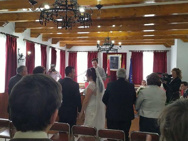 La boda de Benjamin y Yolanda en Campillo De Arenas, Jaén 2