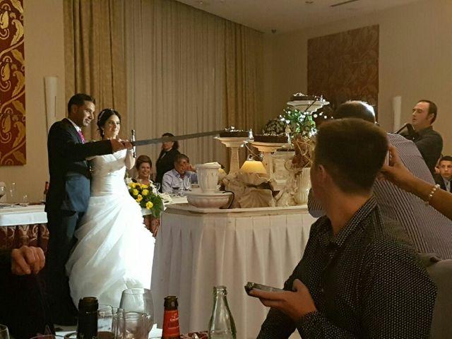 La boda de Maikel y Andrea en La Pobla De Vallbona, Valencia 1