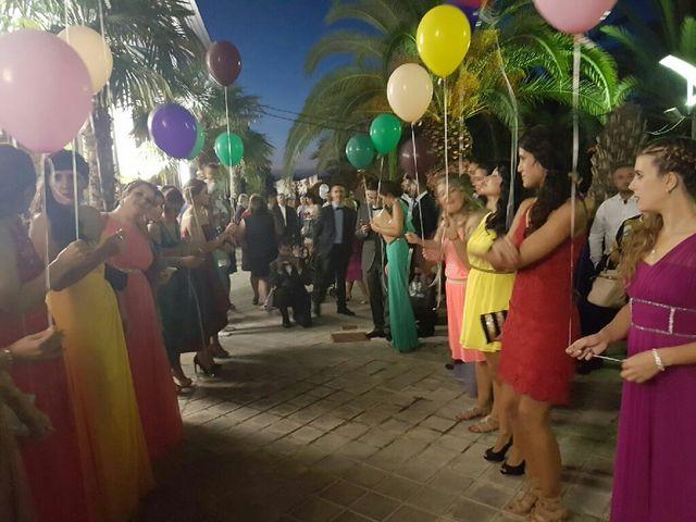 La boda de Maikel y Andrea en La Pobla De Vallbona, Valencia 2
