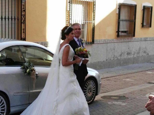 La boda de Maikel y Andrea en La Pobla De Vallbona, Valencia 4