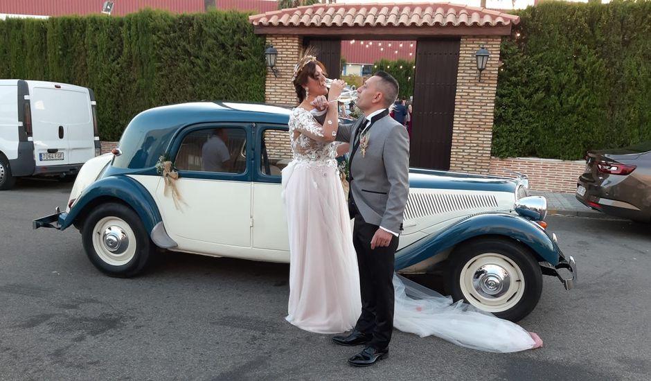 La boda de Juan y Yolanda en Guillena, Sevilla