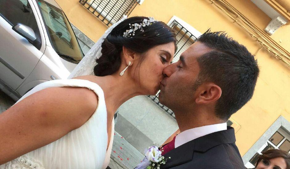 La boda de Maikel y Andrea en La Pobla De Vallbona, Valencia