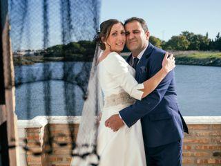 La boda de Isabel María Román Miceas y Antonio Ariza