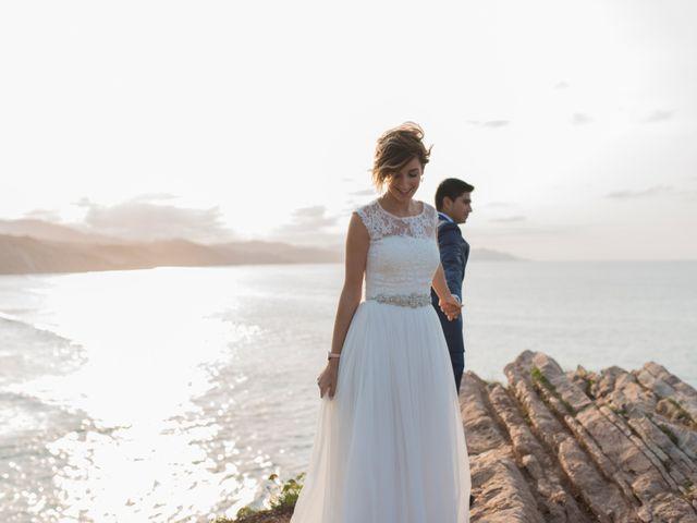 La boda de Byron y Eider en Donostia-San Sebastián, Guipúzcoa 21