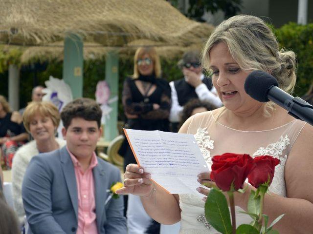 La boda de Antonio y Raquel en Santa Eularia Des Riu, Islas Baleares 2