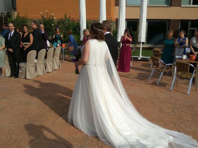 La boda de Alberto  y Nazaret  en Montehermoso, Cáceres 3