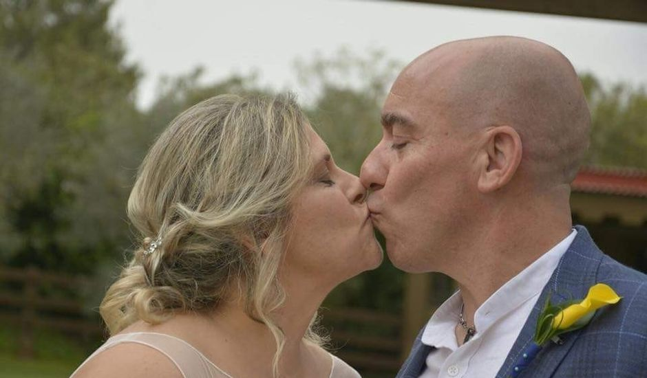 La boda de Antonio y Raquel en Santa Eularia Des Riu, Islas Baleares